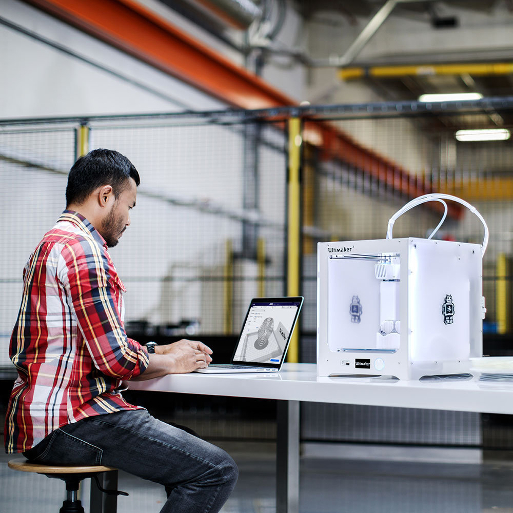 Ultimaker 3 connectivity means seamless integration with the 3D printing workflow