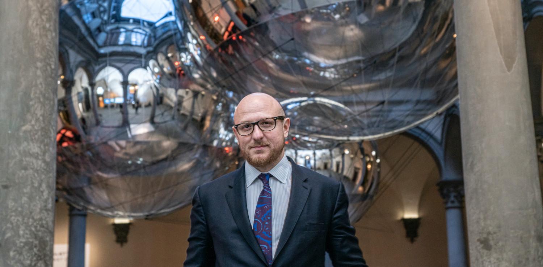 Arturo Galansino è Direttore Generale della Fondazione Palazzo Strozzi a Firenze dal 2015