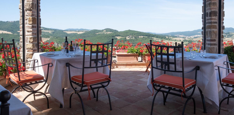Castello di Casole, Belmond Hotel in Toscana ph Nicolee Drake