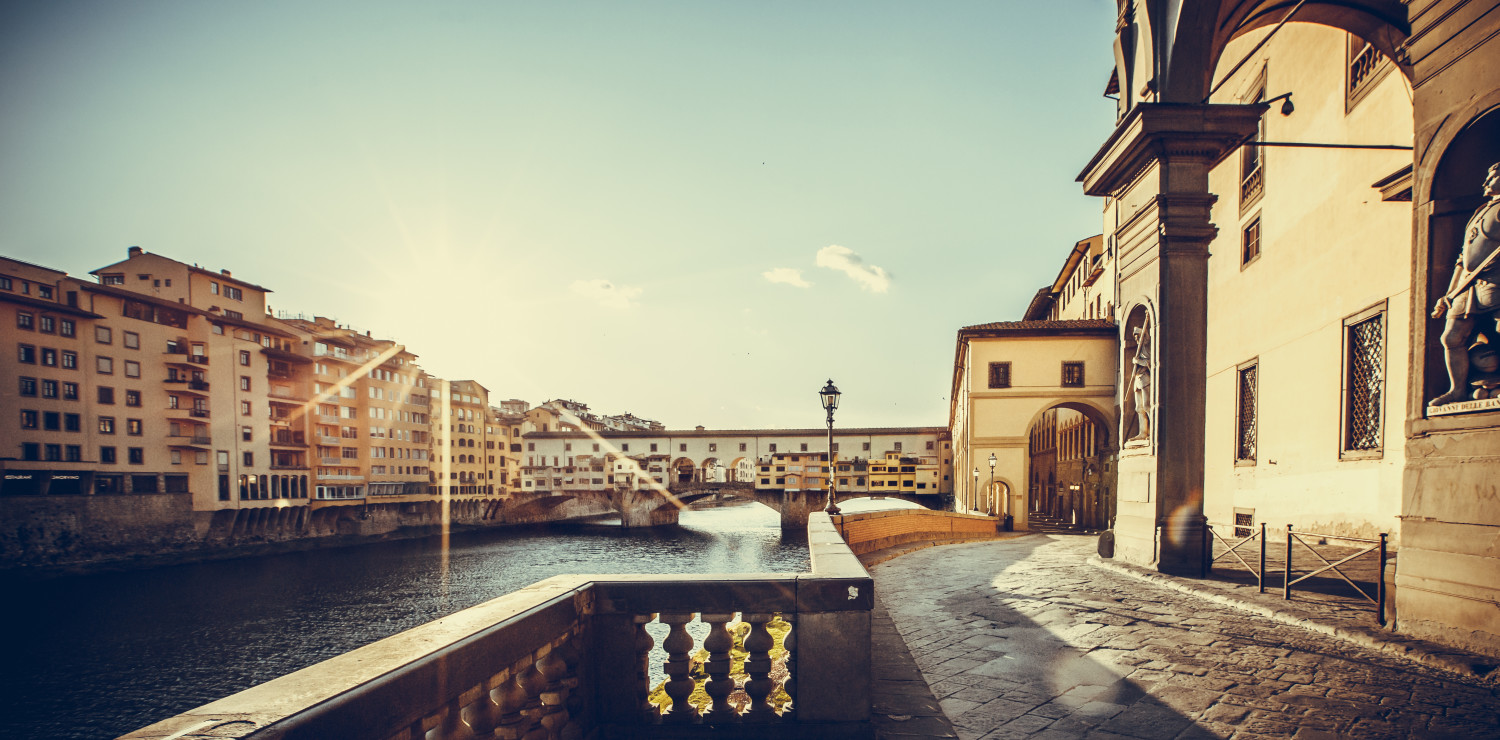 A suggestive Florence along the Arno river
