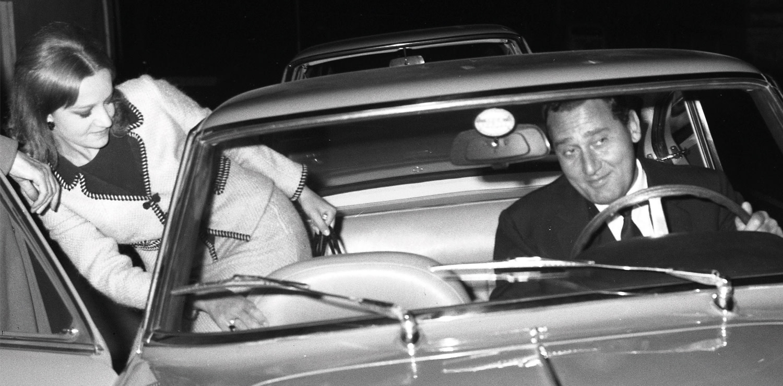Alberto Sordi with a friend, Rome 1964