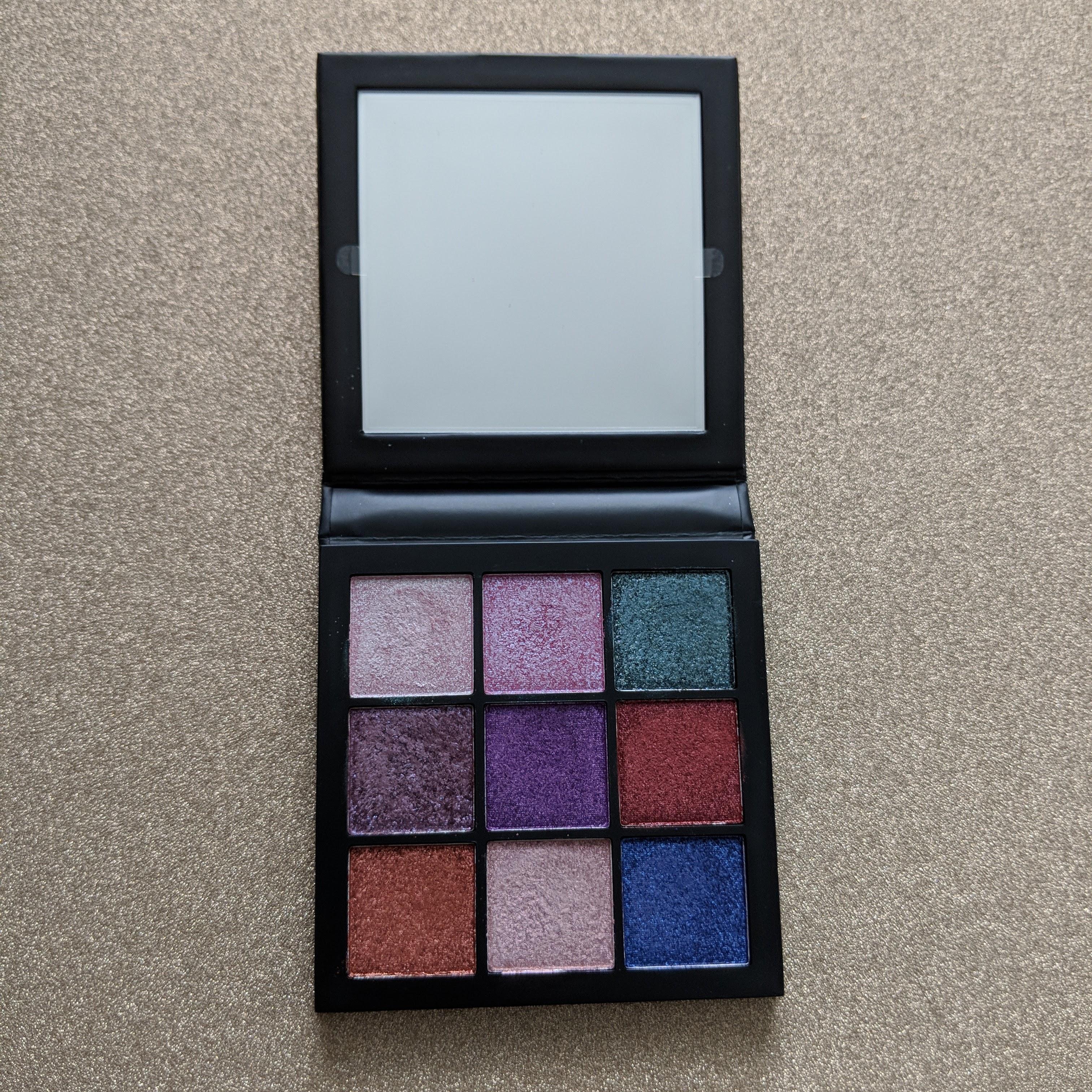 huda-beauty-gemstone-palette-1
