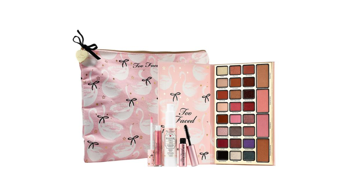 Too Faced Dream Queen Make Up Collection Holiday Set 2018 Release Date