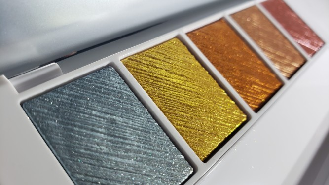 Makeup By Mario Master Metals™ Eyeshadow Palette Review and Swatches