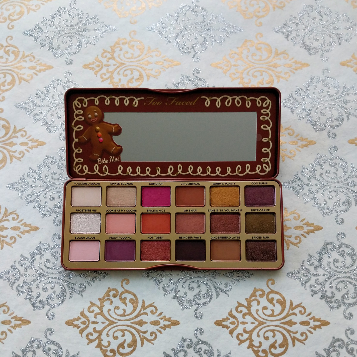 too-faced-gingerbread-spice-eyeshadow-palette-review-2