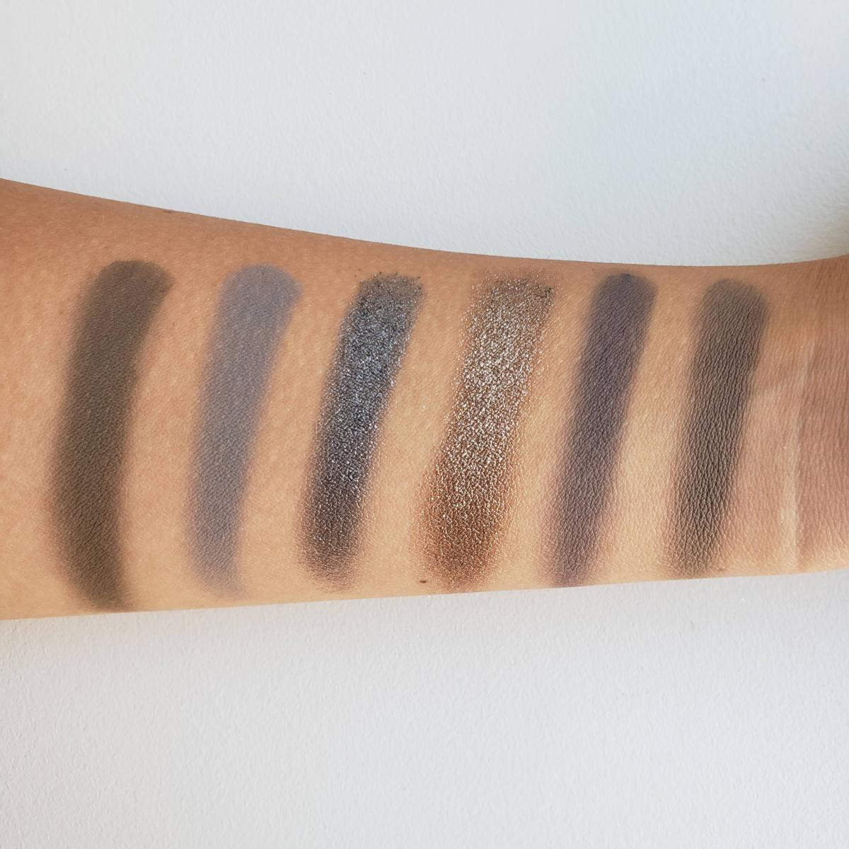 Jeffree Star Cosmetics Cremated Eyeshadow Palette Review Swatches 2