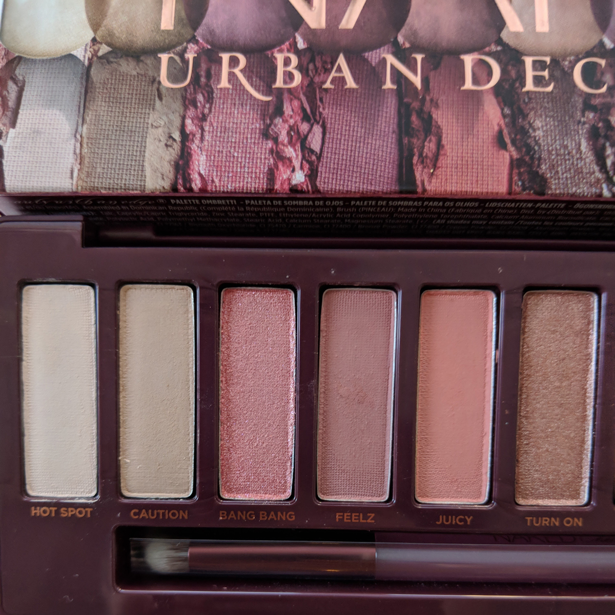 urban-decay-naked-cherry-eyeshadow-palette-review-zoom-left