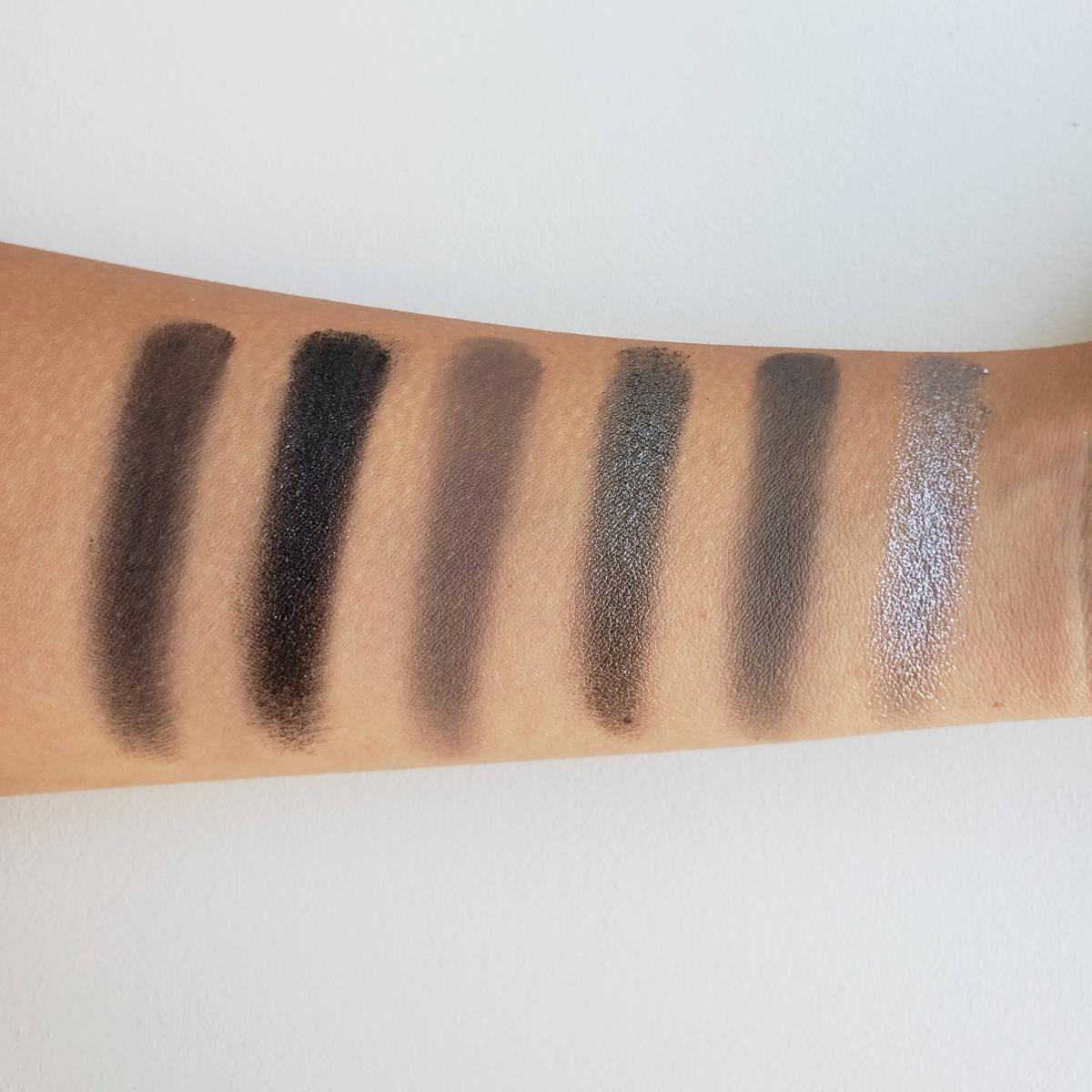 Jeffree Star Cosmetics Cremated Eyeshadow Palette Review Swatches 1