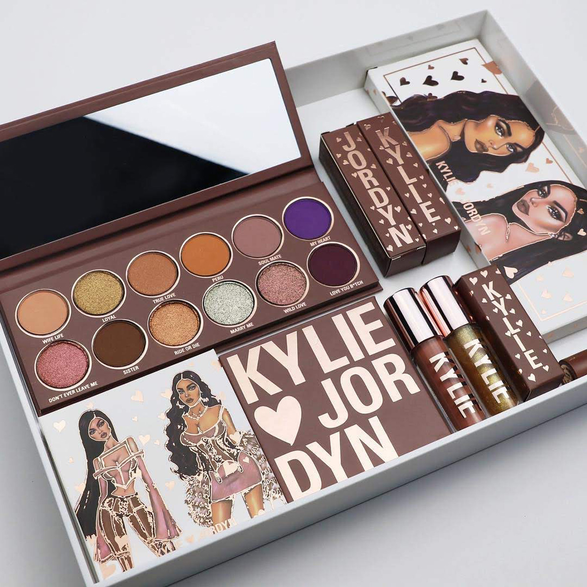kylie-and-jordyn-makeup-collection