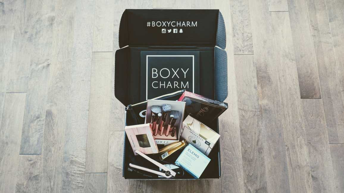 BOXYCHARM BoxyLuxe December 2018 Unboxing and Review