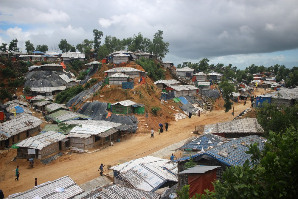 900,000 Rohingya refugees in the camps in Bangladesh