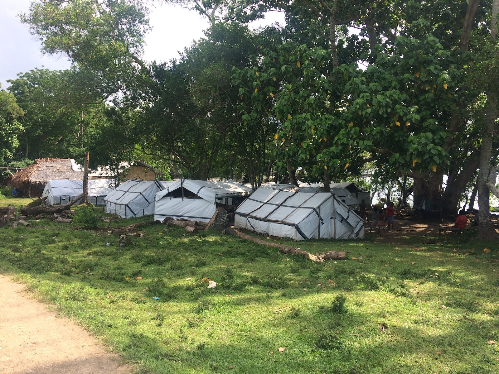 Tents in Maewo