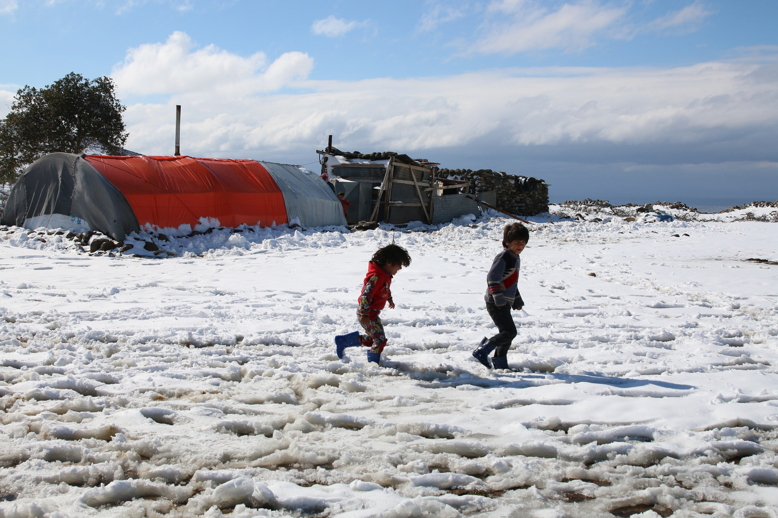 Syria's refugee children and snow