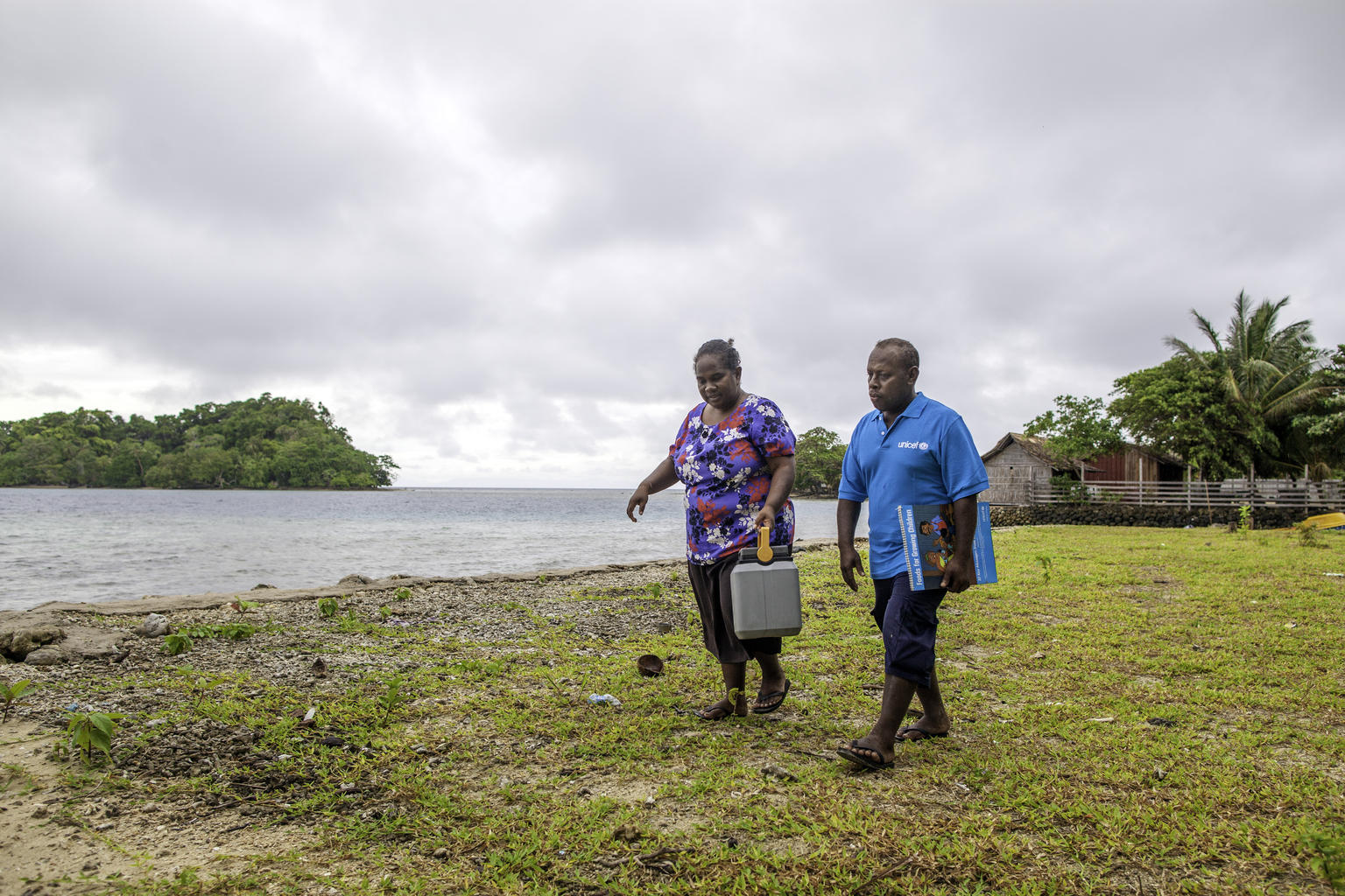 UNICEF Health Worker Paul Maesiala goes the extra mile to reach children in the Solomon Islands