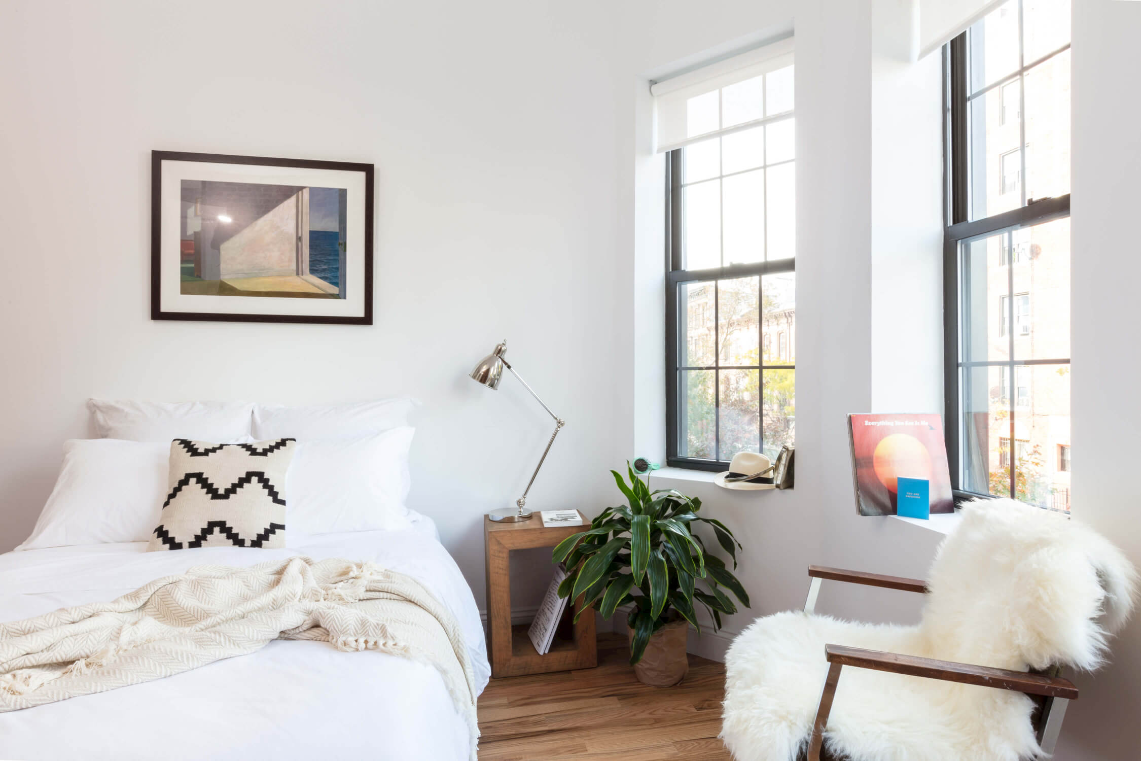 Common Herkimer bedroom Crown Heights coliving