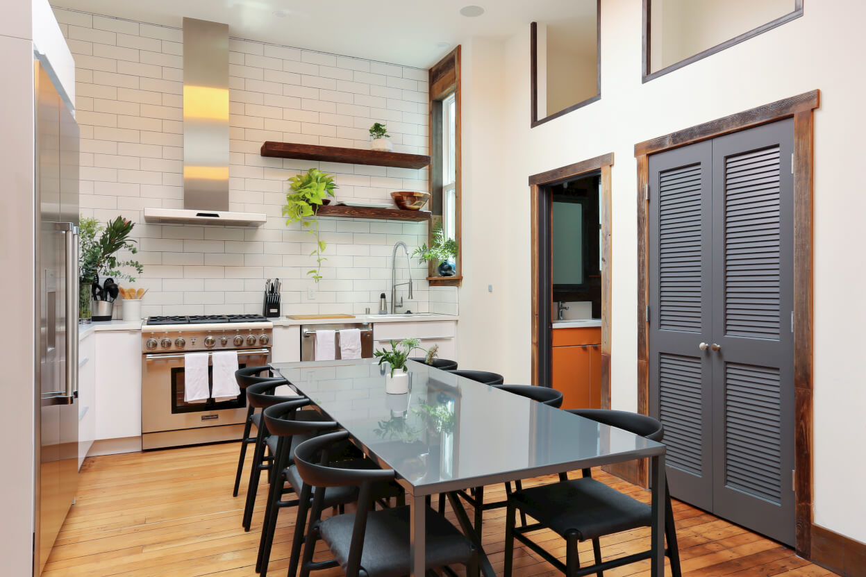 At Common Minna, members share a large chef's kitchen and dining room.