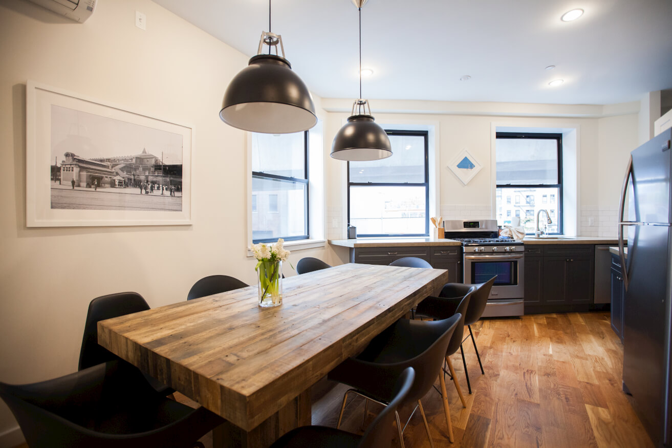 Every suite at Common Havemeyer in Williamsburg, Brooklyn features a kitchen and living area.