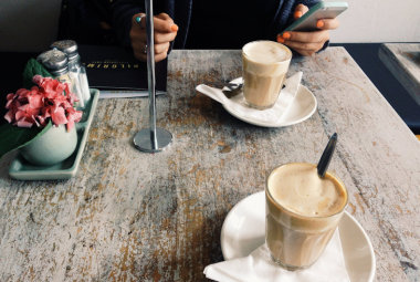5 ways to make your cafe a great place to work