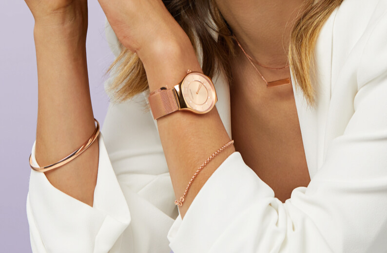 Ladies' Watch in Rose Tone Stainless Steel, Rose Gold Chain and Bracelet