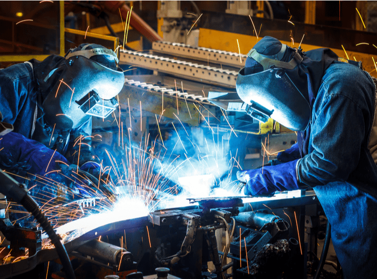 Top five industries for engineers to explore in 2021 square/mobile