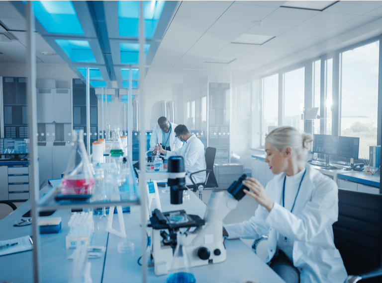 Seven things you might not know about the UK's scientific job market square/mobile