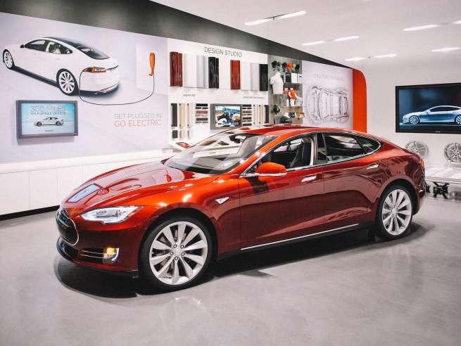 Tesla - Landing Image