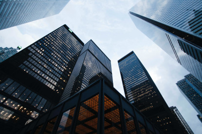 tall-city-office-buildings-and-blue-sky