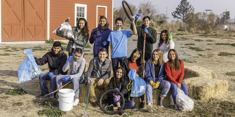 70 Community Service Project Ideas | DoSomething.org