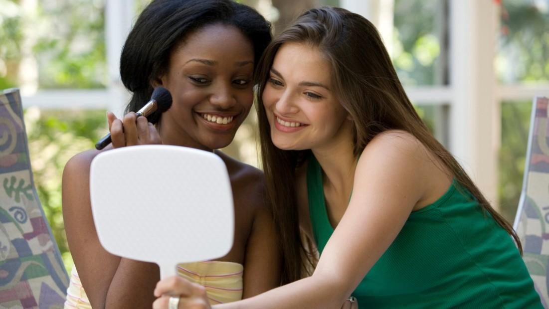 media influence the female perception of the body image