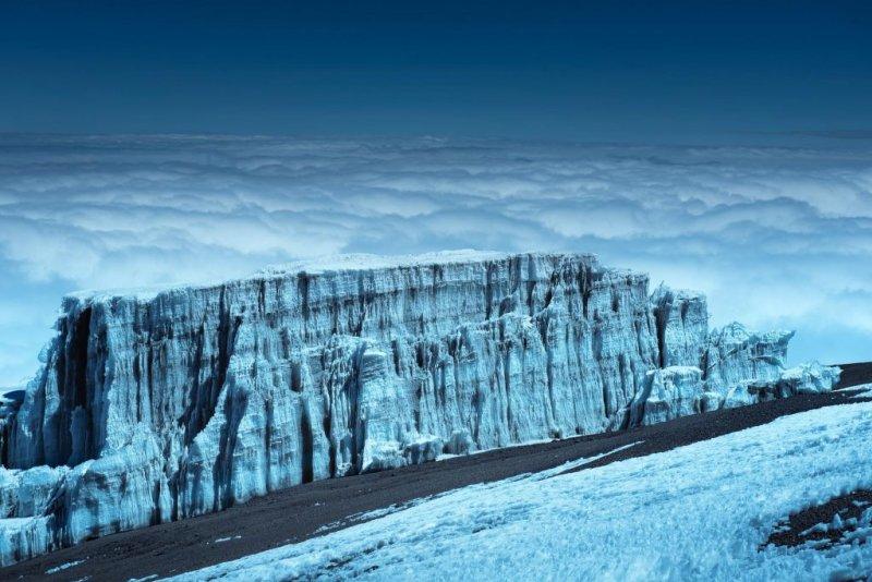 Kilimanjoar glacier