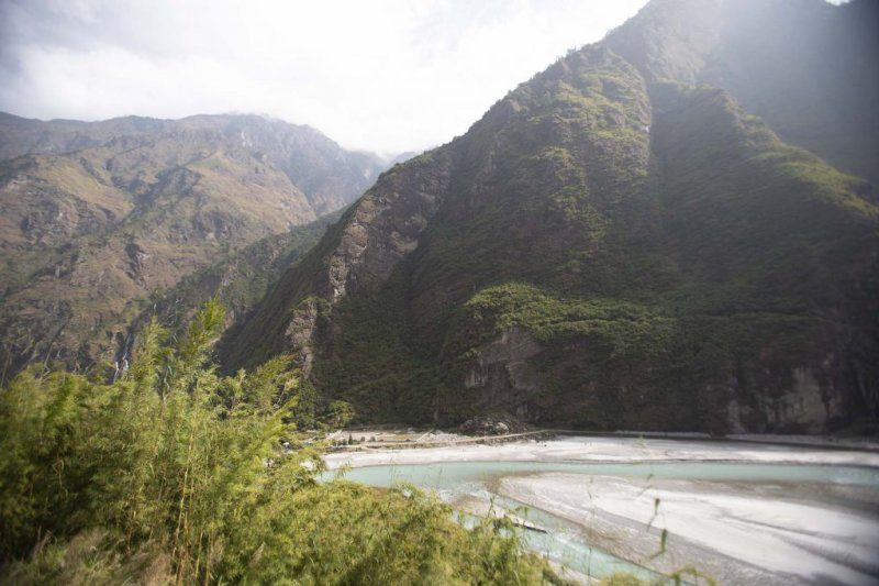 Manang valley and lazy river, Annapurna Circuit route