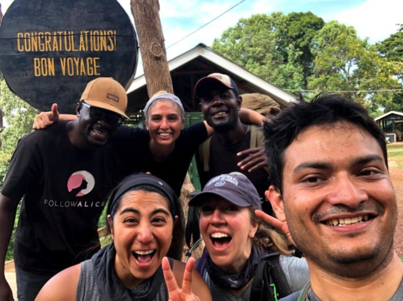 Group shot Kilimanjaro