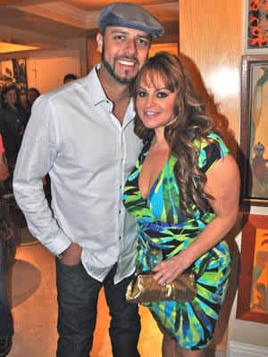 Juan Lopez Y Jenni Rivera