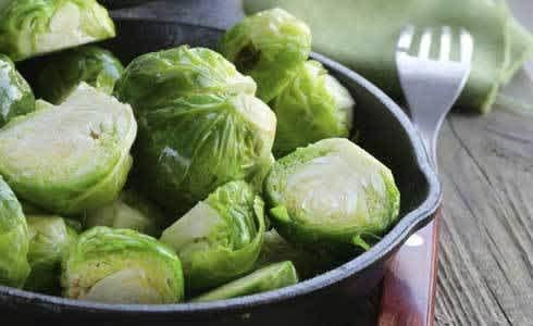 3 Recetas Deliciosas Con Col De Bruselas Ideales Para Perder Peso Mamaslatinas Com