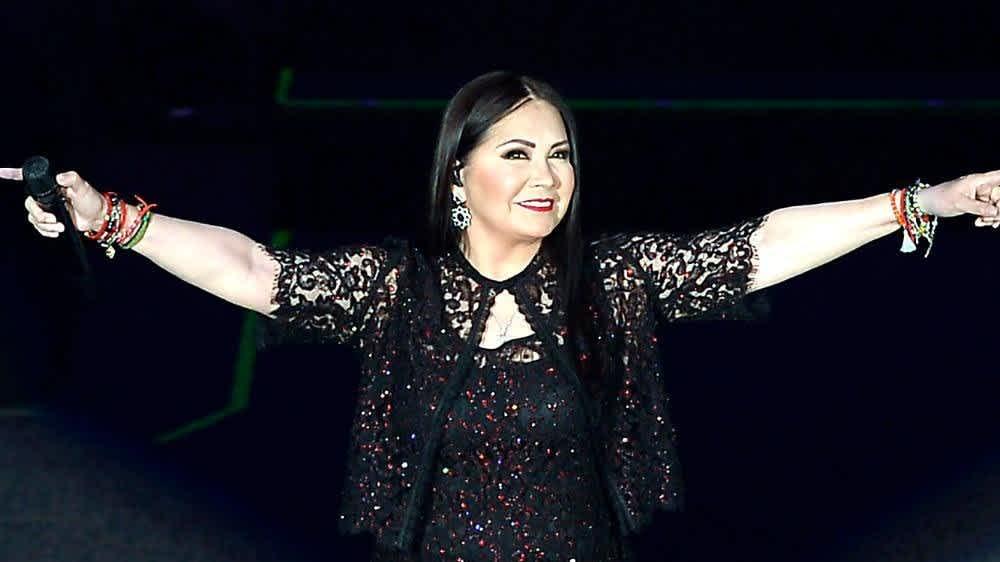 Las Mejores Canciones De Ana Gabriel Videos Mamaslatinas Com