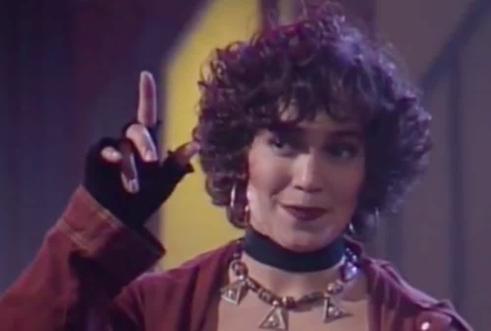 Jennifer Lopez Gets Nostalgic With Throwback Fly Girl Days Video Mamaslatinas Com