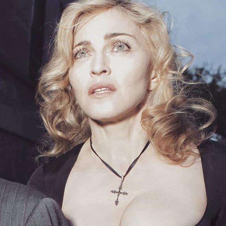 Madonna pasó de ser católica a ser estudiante de la Cábala y hasta cambió de nombre.