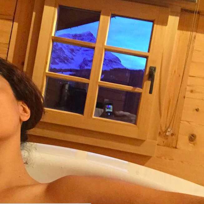Se toma baños con las más bellas vistas.
