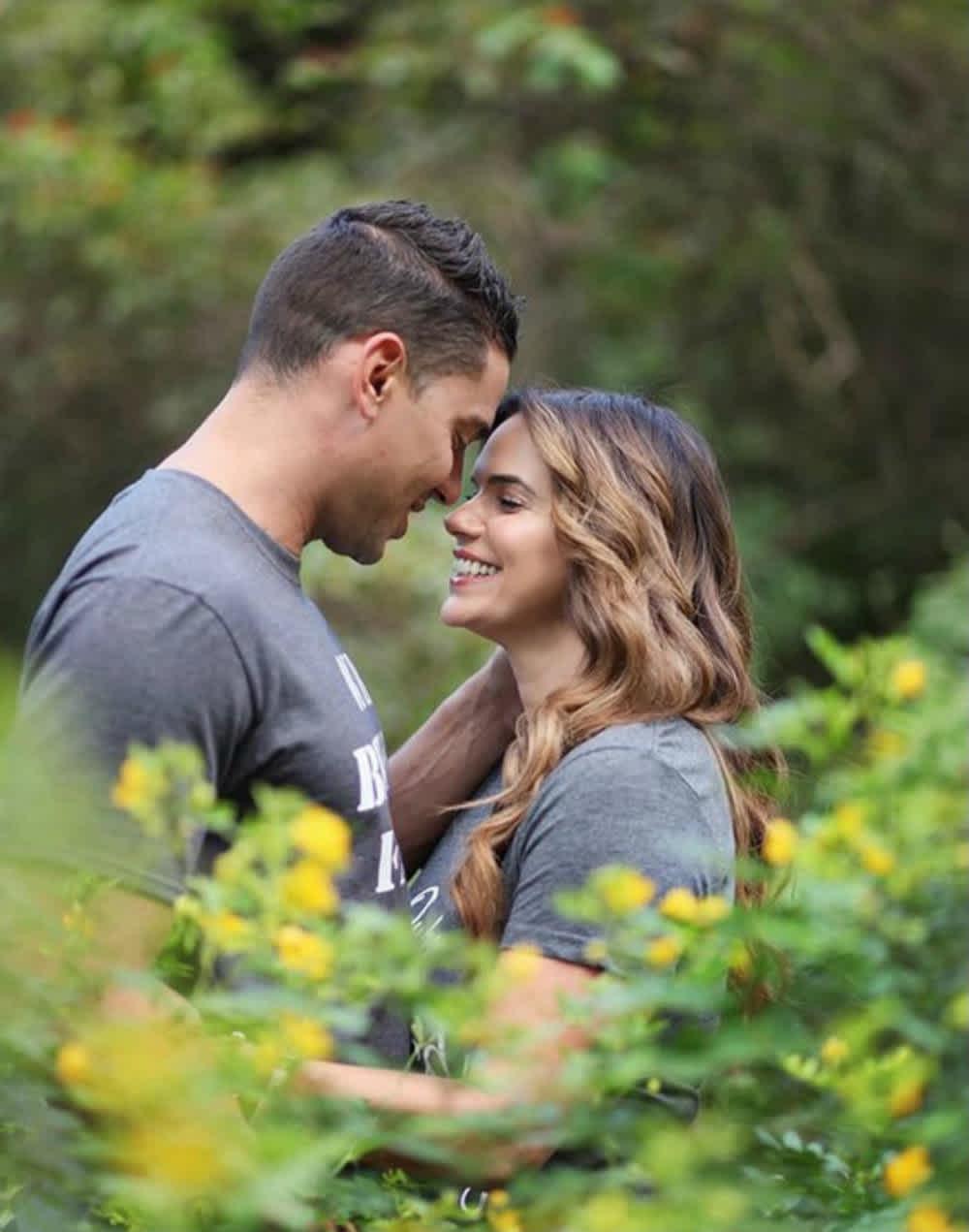 Rashel Díaz agradece todo lo que ha significado introducirse al cristianismo con su pareja.