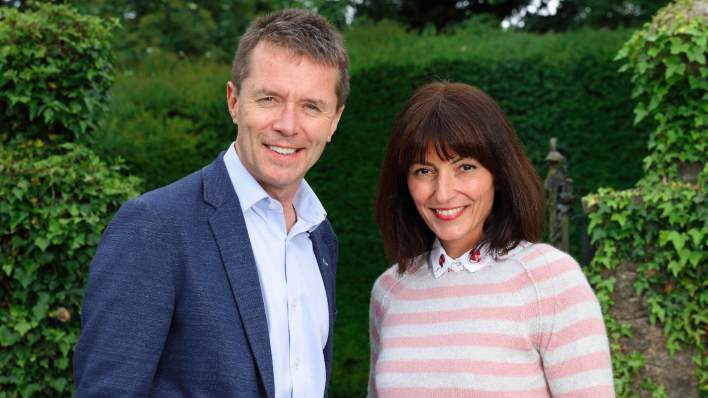 Davina McCall and Nicky Campbell, Long Lost Family