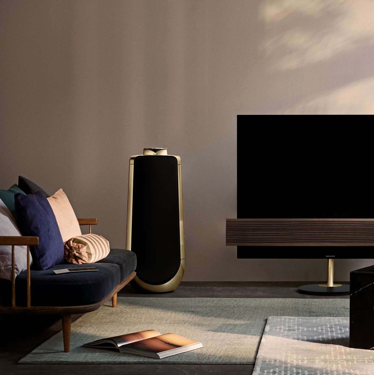 Beolab 50 Bronze Tone - Stereo Speakers | B&O