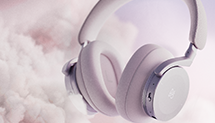 Beoplay H95 in nordic ice color