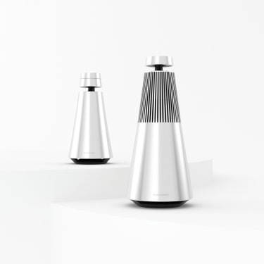Beosound 1 and Beosound 2 speaker bundle in Natural aluminium
