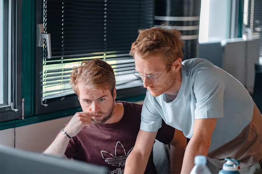 Blog: Sales Department Photo Teamwork