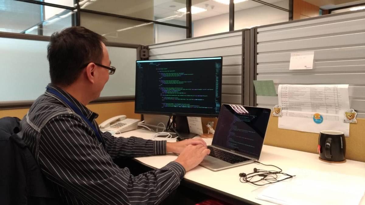 34 歲才開始自學寫程式會不會太晚?真的有心,永遠都不嫌晚。