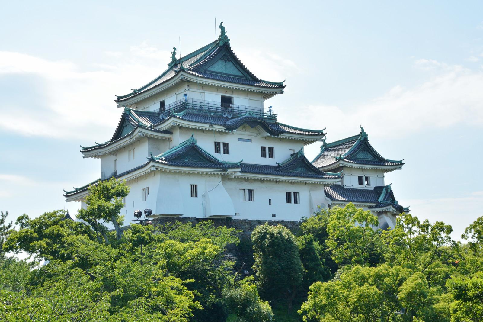 わかやま観光 和歌山城天守閣 | 和歌山県公式観光サイト