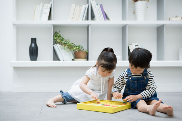 teaching-toddlers-to-share