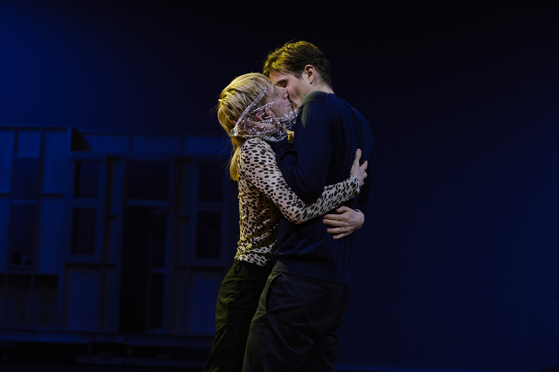 "In a scene from ""Einfach das Ende der Welt"", musician Matze Pröllochs and actor Benjamin Lillie kiss through plastic foil."