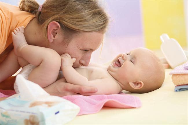 newborn diapering and cord care