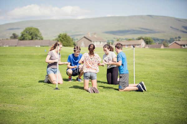 sedbergh-summer-school-outdoor-team-building-activity